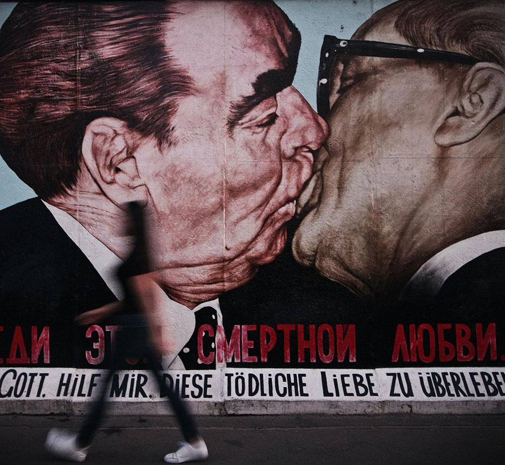 Men kissing