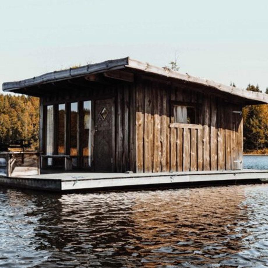 Naturboende på sjön